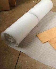 Sous-couche en mousse de polyéthylène ENVOY BASIC 18dB ép.3mm larg.1m long.15m rouleau de 15m2 - Gedimat.fr