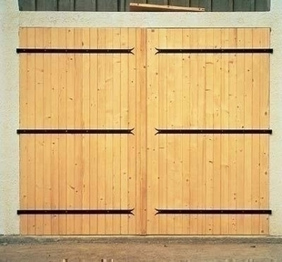 porte de garage 2 vantaux en bois sapin haut 2 00m larg. Black Bedroom Furniture Sets. Home Design Ideas