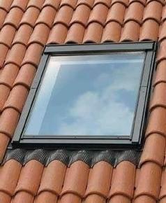 Raccord pour fenêtre VELUX sur tuiles jusqu'à 120mm de relief EDW SK06 type 0000 pose traditionnelle - Gedimat.fr
