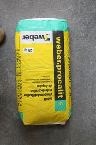 Enduit d'imperméabilisation et de décoration de façade manuel WEBER.PROCALIT F sac 25 kg Ton pierre teinte 016 - Gedimat.fr