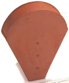 Fronton petit modèle pour faîtière 1/2 ronde et faîtière conique coloris terre d'Adhemar - Gedimat.fr
