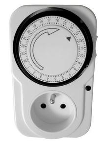 Programmateur ménager électrique mécanique journalier 2 pôles + terre 16A avec interrupteur et voyant de mise sous tension - Gedimat.fr