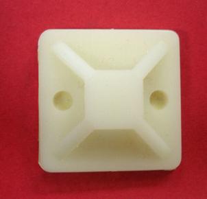 Embase adhésive pour collier de câblage coloris blanc en sachet de 10 pièces - Gedimat.fr