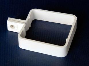 collier de descente carr e pour goutti re pvc classic coloris blanc. Black Bedroom Furniture Sets. Home Design Ideas
