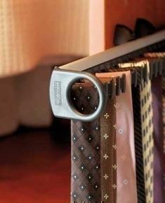 Porte-cravates ou porte-ceintures coulissant pour aménagement de dressing - Gedimat.fr