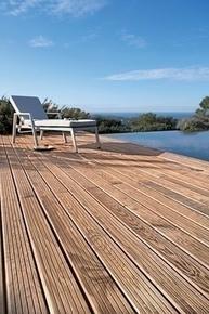 lame de terrasse pin maritime sans n ud traitement autoclave classe 4 marron. Black Bedroom Furniture Sets. Home Design Ideas