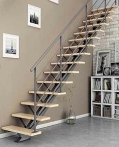 Escalier droit monopoutre VEGA haut.2,75m métal/hêtre - Gedimat.fr