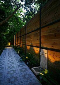 Fontaine bois vieillie imitation bois massif H.76 x L.41 x P.38 cm - Gedimat.fr
