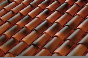 Tuile CANAL EVOLUTION couvert pressée coloris cathédrale - Gedimat.fr