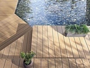 Lame de terrasse Composite FOREXIA ELEGANCE structurée veinée bois large Ep.23 mm Larg.180 mm Long.4 m Brun exotique - Gedimat.fr