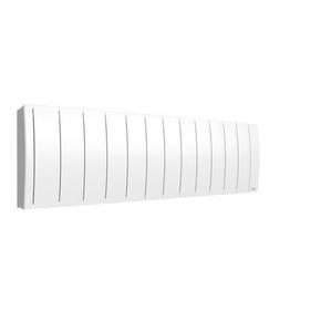 Radiateur à inertie fluide IPALA modèle Bas Long.132cm Haut.38,4cm Ép.13,3cm coloris Blanc 1400W - Gedimat.fr
