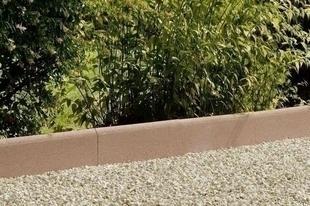 Bordurette droite en béton ép.5cm haut.25cm long.50cm coloris pierre - Gedimat.fr