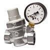 Réducteur de pression avec manomètre à cartouche inclinée femelle-femelle diam.20x27 - Mécanisme prise 2P+T blanc CASUAL - Gedimat.fr