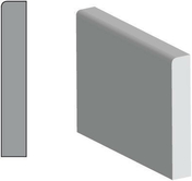 Plinthe Sapin du Nord angles vifs section 10x100mm long.2,40m - Chant plat Samba 2 arrondis section 6x30mm long.2,40m - Gedimat.fr