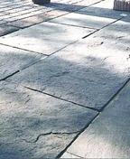 Dallage SCHISTONE multiformat petit modèle en pierre reconstituée ép.4cm coloris Lorraine - Feuille de stratifié HPL sans Overlay ép.0.8mm larg.1,30m long.3,05m décor Pêche finition Velours bois poncé - Gedimat.fr