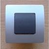 Interrupteur va et vient simple série VENUS monté 10A coloris noir/chrome - Rosace émaillé noir mat diam.130mm - Gedimat.fr