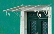 Marquise en fer SEVIGNE larg.1,50m prof.1,20m - Volet battant PVC ép.24mm blanc 1 vantail gauche haut.2,05m larg.80cm - Gedimat.fr