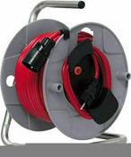 Enrouleur prolongateur J40 avec câble rouge 40m HO5VV-F 3G1,5 et disjoncteur thermique - Bardage PVC cellulaire ép.18mm larg.167mm utile (210 hors tout) long.4m Beige - Gedimat.fr