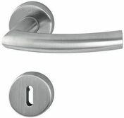 Ensemble de poignées de porte TRONDHEIM sur rosace inox finition mat avec trou de clé - Coffret modulaire pré-équipé pour branchement d'un chauffe eau électrique - Gedimat.fr