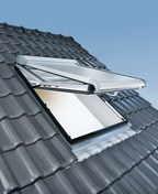 Fenêtre de toit PVC ROTO à ouverture top pivotante DESIGNO R7 haut.118cm larg.78cm - Porte d'entrée CEDOUSA avec isolation totale de 100 mm en acier gauche poussant haut.2,15m larg.90cm laqué gris - Gedimat.fr
