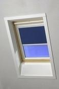 Store d'occultation pour fenêtre de toit ROTO haut.118cm larg.114cm coloris bleu E-283 - Fenêtre PVC blanc CALINA isolation totale de 120 mm 1 vantail ouverture à la française droit tirant haut.1,25m larg.80cm - Gedimat.fr
