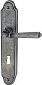 Ensemble de poignées de porte ELBA sur plaque laiton finition argent antique avec trou de cylindre - Quincaillerie de portes - Menuiserie & Aménagement - GEDIMAT