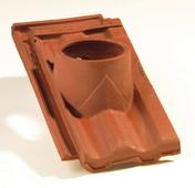 Tuile à douille STANDARD 14 diam.120mm coloris rouge ancien - Té laiton brut mâle à visser réf.135 diam.15x21mm 1 pièce sous coque - Gedimat.fr