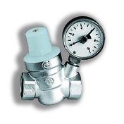 Réducteur de pression 2500 litres/heure Femelle/Femelle 20x27 avec manomètre - Chauffe-eau et Accessoires - Salle de Bains & Sanitaire - GEDIMAT