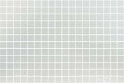 Emaux de verre de 2,5x2,5cm pour mur et piscine LISA sur trame de 31,1x46,7cm coloris blanco - Emaux de verre de 2,5x2,5cm antidérapant NATUREGLASS sur trame de 31,1x31,1cm coloris white - Gedimat.fr