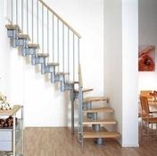 Escalier 1/4 tournant kit KOMPACT acier/bois haut.2,25/3,03m larg.74cm gris/hêtre - Escalier 1/4 tournant MONTANA en bois (pin) haut.2,75m sans rampe finition brut - Gedimat.fr