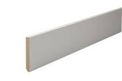 Plinthe MDF prépeinte angles vifs section 12x100mm long.2,44m - Moulures - Menuiserie & Aménagement - GEDIMAT