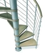 Escalier hélicoïdal KLOE acier/bois diam.1,40m haut.2,53/3,06m finition gris/bois clair - Fenêtre bois exotique lamellé collé sans aboutage isolation totale 160mm 2 vantaux ouvrant à la française vitrage transparent haut.1,35m larg.1,00m - Gedimat.fr