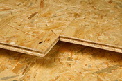 Dalle OSB3 rainurée 4 Rives ép.16mm larg.675mm long.2.40m - Fenêtre confort VELUX GGL CK01 type 2057 WHITE FINISH haut.70cm larg.55cm - Gedimat.fr