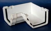 Angle intérieur de gouttière PVC CLASSIC coloris blanc - Ensemble 5 jets OLYMPIE chromé - Gedimat.fr