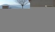 Portail battant MARSAN en PVC haut.1,70m larg.entre piliers 3,06m blanc - Rive à rabat droite à recouvrement ROMANE SANS coloris vieilli masse - Gedimat.fr