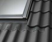 Raccord pour fenêtre VELUX sur tuiles jusqu'à 120mm de relief EDW UK04 type 0000 pose traditionnelle - Fenêtres de toit - Raccords - Couverture & Bardage - GEDIMAT