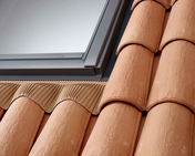 Raccord pour fenêtre VELUX sur tuiles jusqu'à 120mm de relief EDW UK04 type 0700C2 pose traditionnelle - Fenêtres de toit - Raccords - Menuiserie & Aménagement - GEDIMAT