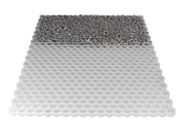 Dalle stabilisateur de graviers minérale EASY ép.3 cm larg.80 cm long.1,20 m - Tuyau polyéthylène bande bleue diam.32mm en couronne de 25m - Gedimat.fr