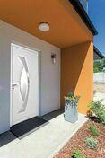 Porte d'entrée ARKAD en aluminium laqué gauche poussant haut.2,15m larg.90cm - Bordurette droite en béton ép.5cm haut.19cm long.50cm coloris rouge - Gedimat.fr