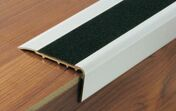 Nez de marche alu naturel+bande antidérapante 2CBIS 32x67mm - 3m - Accessoires pose de carrelages - Revêtement Sols & Murs - GEDIMAT