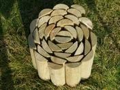 Bordure bois 1/2 rondin haut.30cm long.200cm �p.1,5cm - Gravier marbre blanc calibre 8/16 sac de 25kg - Gedimat.fr