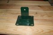 Platine pour poteau ISIS vert 6005 sablé - Clips inox vert sachet de 24 pièces - Gedimat.fr