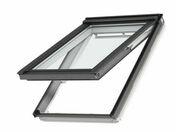 Fenêtre confort VELUX GPL SK06 type 2076 WHITE FINISH haut.118cm larg.114cm - Porte seule CIRCEE en épicéa 1er choix non ferrée haut.204cm larg.63cm - Gedimat.fr