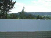 Clôture PLANE en PVC Blanc en Kit facile à monter et poser  - Clôture PVC persienné haut.0,98m larg.1,50m - Gedimat.fr